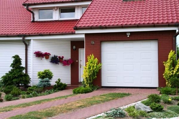Критерии выбора секционных ворот для гаража