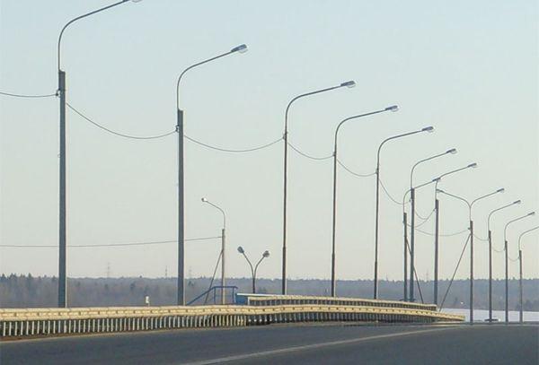 Металлические опоры освещения для улиц