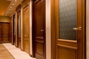 Выбираем межкомнатные двери правильно: советы от профессионалов