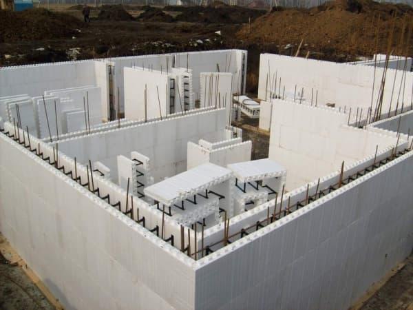Стали известны новые правила проектирования зданий, возводимых с помощью несъемной опалубки