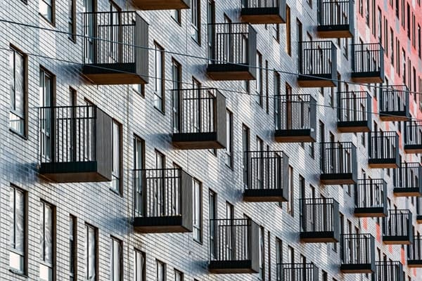 Названа стоимость московских «квартир для пиджака»