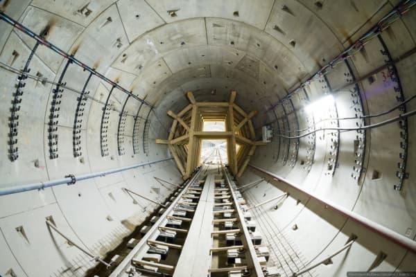 Что необычного в монтаже вентиляционной системы на станции метро «Карамышевская»