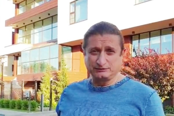 Российский депутат похвалился огромным домом и снискал одобрение в Instagram