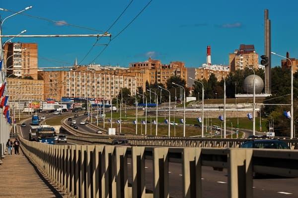 Названы города России сдорожающими комнатами