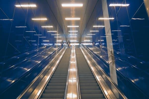 Космические эскалаторы появятся на станциях метро в столице