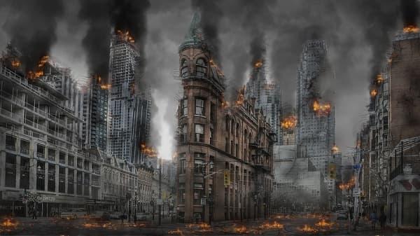 Что сейчас горит в центре Москвы