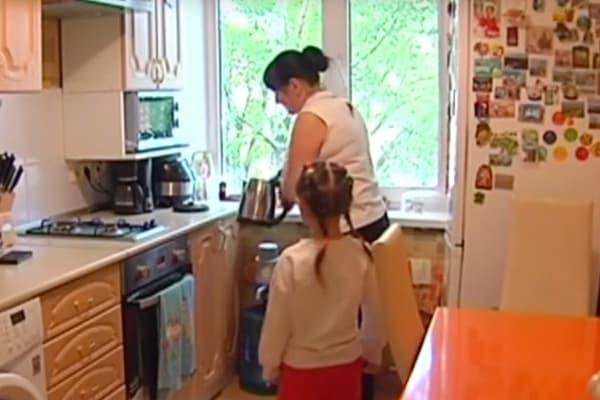 Молодая семья состарилась вочереди нажилье