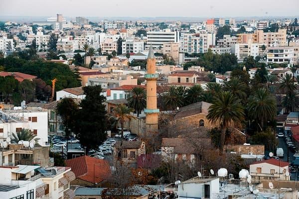 Состоятельных россиян задумали переселить на Кипр