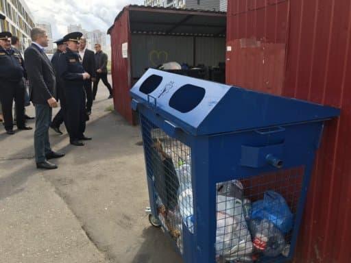 После проверок: предприятия и организации Подмосковья массово озаботились вывозом мусора