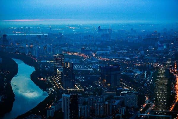 Россияне потеснили иностранцев намосковском рынке дорогого жилья