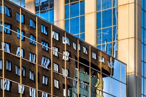 Ожидания владельцев исъемщиков дорогого жилья вМоскве разошлись натысячу евро