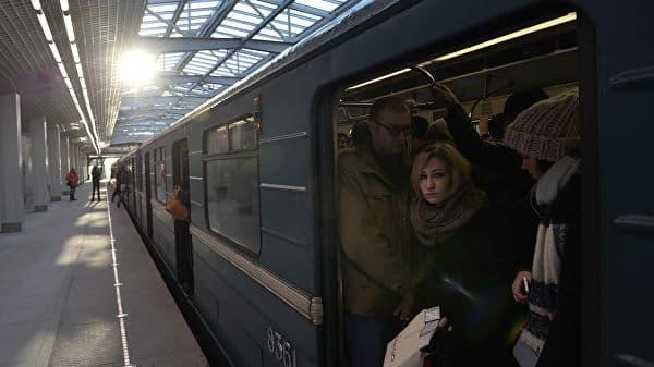 Сегодня опять сбой на Арбатско-Покровской линии метро