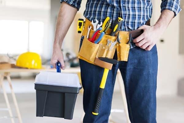 Как производится мелкий ремонт квартиры?