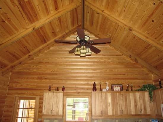 Отделка деревянного дома внутри — Фото