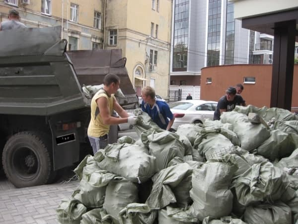 Профессиональный вывоз строительных отходов
