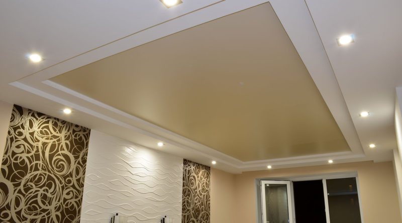 В чем состоят преимущества натяжных потолков?