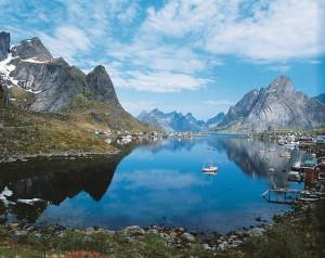 Деревня Иглу даёт возможность романтично отдохнуть и полюбоваться на северное сияние