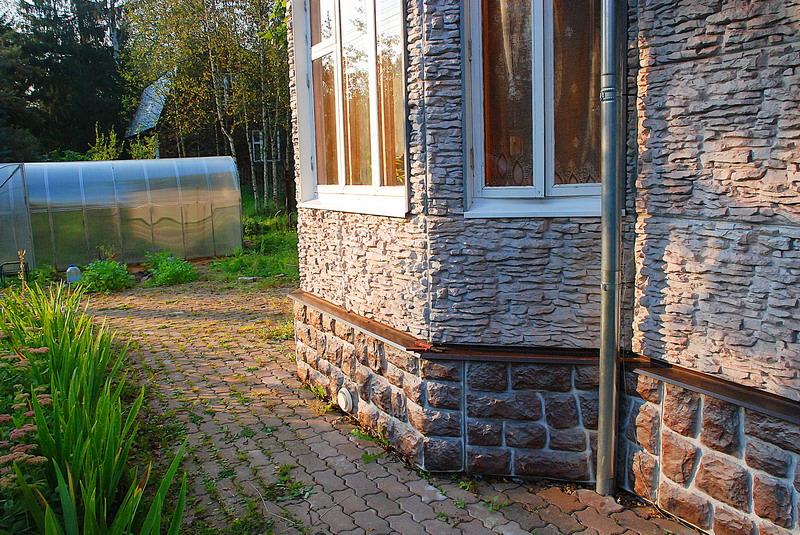 Облицовка цоколя – важная деталь в декоре здания