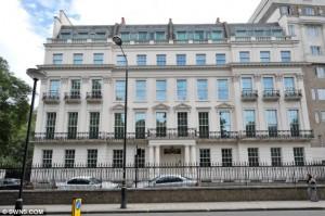 Особняк, расположенный в центре Лондона выставлен на продажу с рекордным ценником