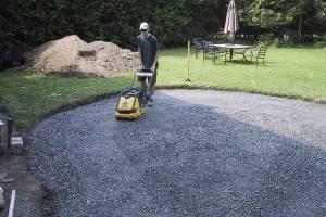 Первые этапы по подготовке к укладке тротуарной плитки