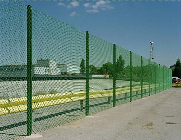 Принципы выбора и цели ограждения участков сетчатыми конструкциями