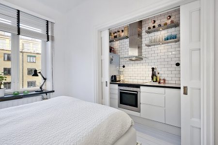 Дизайн квартиры-студии в белых тонах