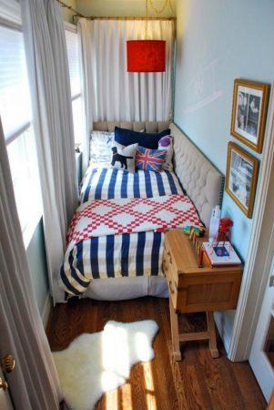 Интерьер комнаты подростка, обустроенной на лоджии