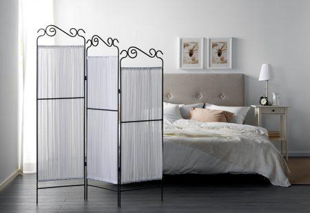 Декоративная ширма в спальне