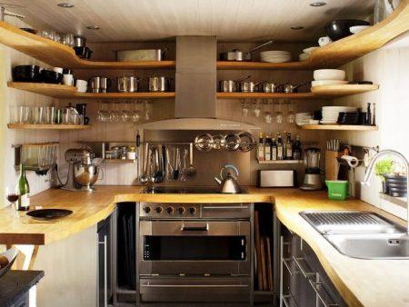 Обустройство кухни с открытыми полками