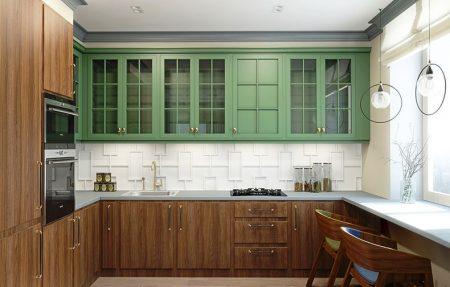 П-образная кухня с окном