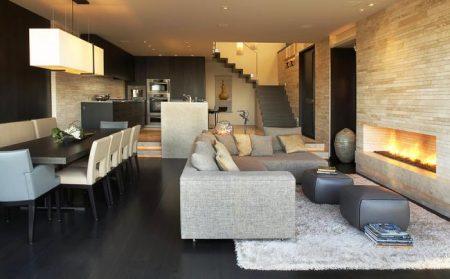 Квартира-студия на верхнем этаже