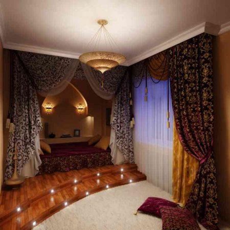 Спальня с балдахином в восточном стиле