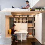 Рабочее место и зона отдыха в квартире-студии