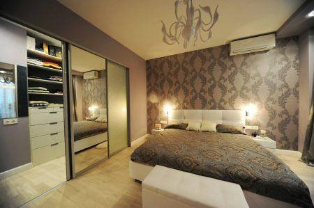 Спальня, совмещенная с гардеробной