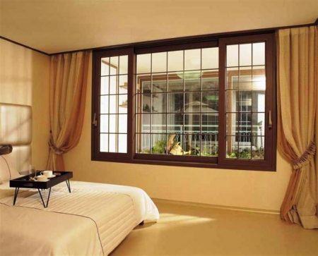 Окно спальни в английском стиле