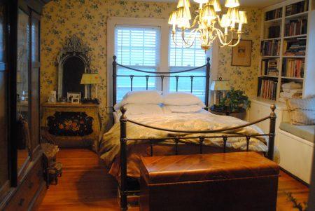 Маленькая спальня в английском стиле