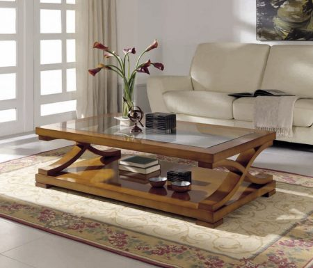 Журнальный столик в интерьере гостиной в английском стиле